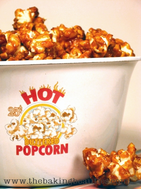 Delicious Homemade Caramel Popcorn | the Baking Beauties