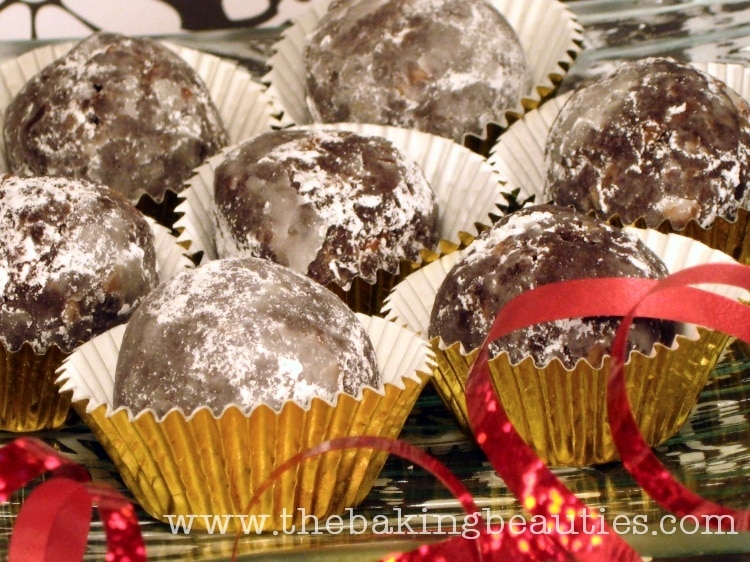 Gluten-free Christmas Rum Balls | the Baking Beauties
