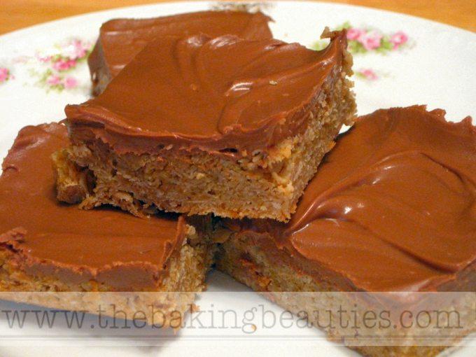 Gluten-free Peanut Butter Oat Bars | The Baking Beauties