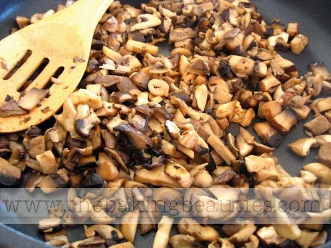 Russian Mushroom and Potato Soup (gluten-free) | The Baking Beauties