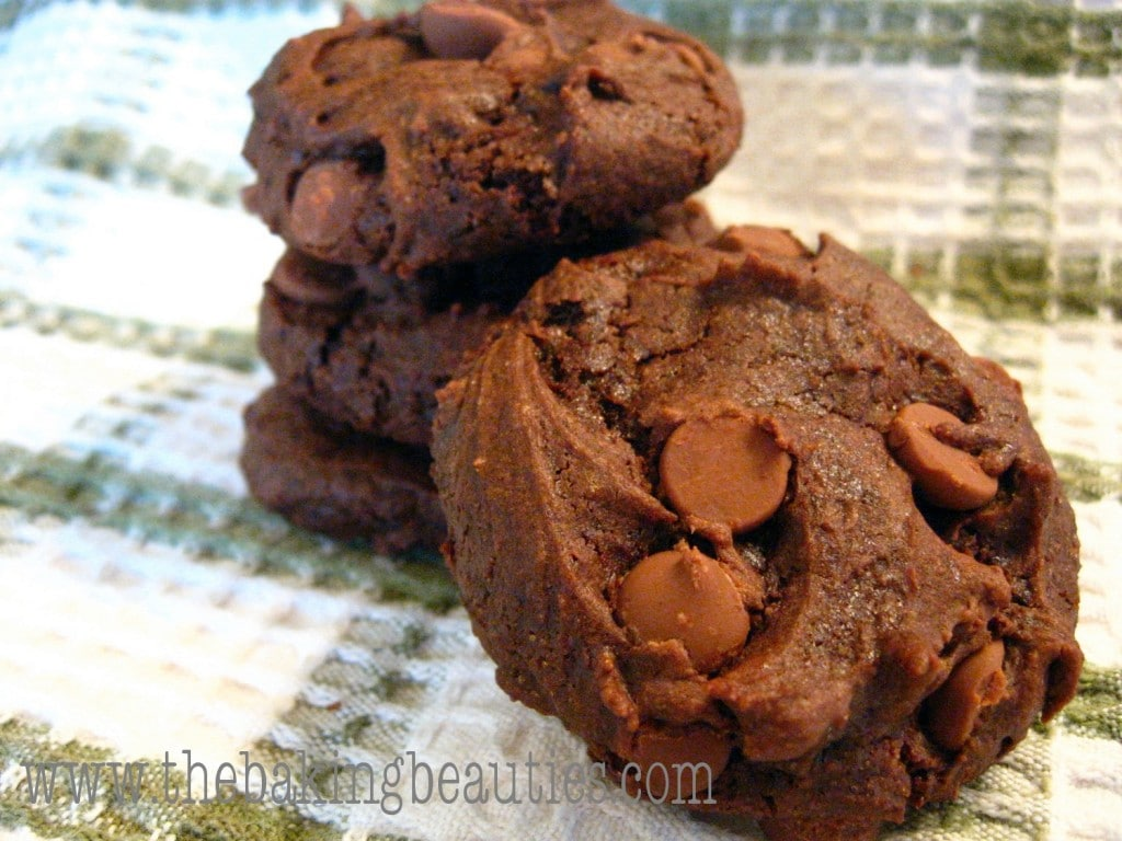 Gluten-free Double Chocolate Chunk Cookies | The Baking Beauties