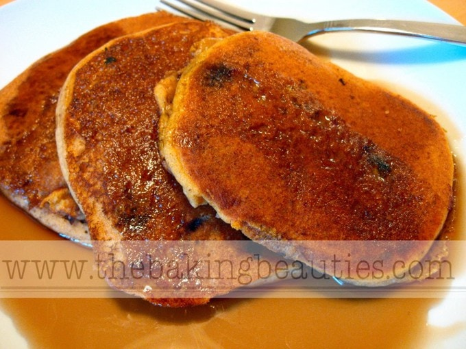 Gluten-free Pumpkin Pancakes | The Baking Beauties