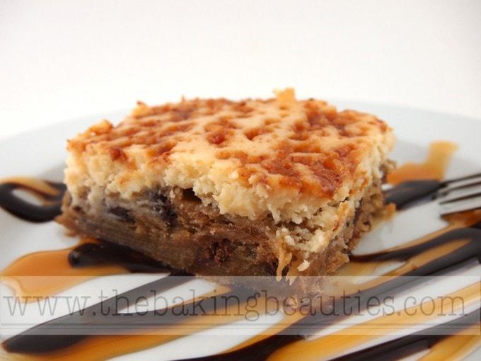 Gluten-free Chocolate Kahluah Cheesecake Blondies | The Baking Beauties