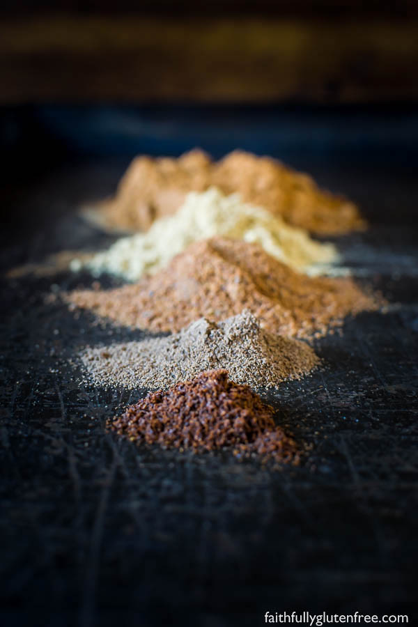 Individual spices used to make pumpkin pie spice