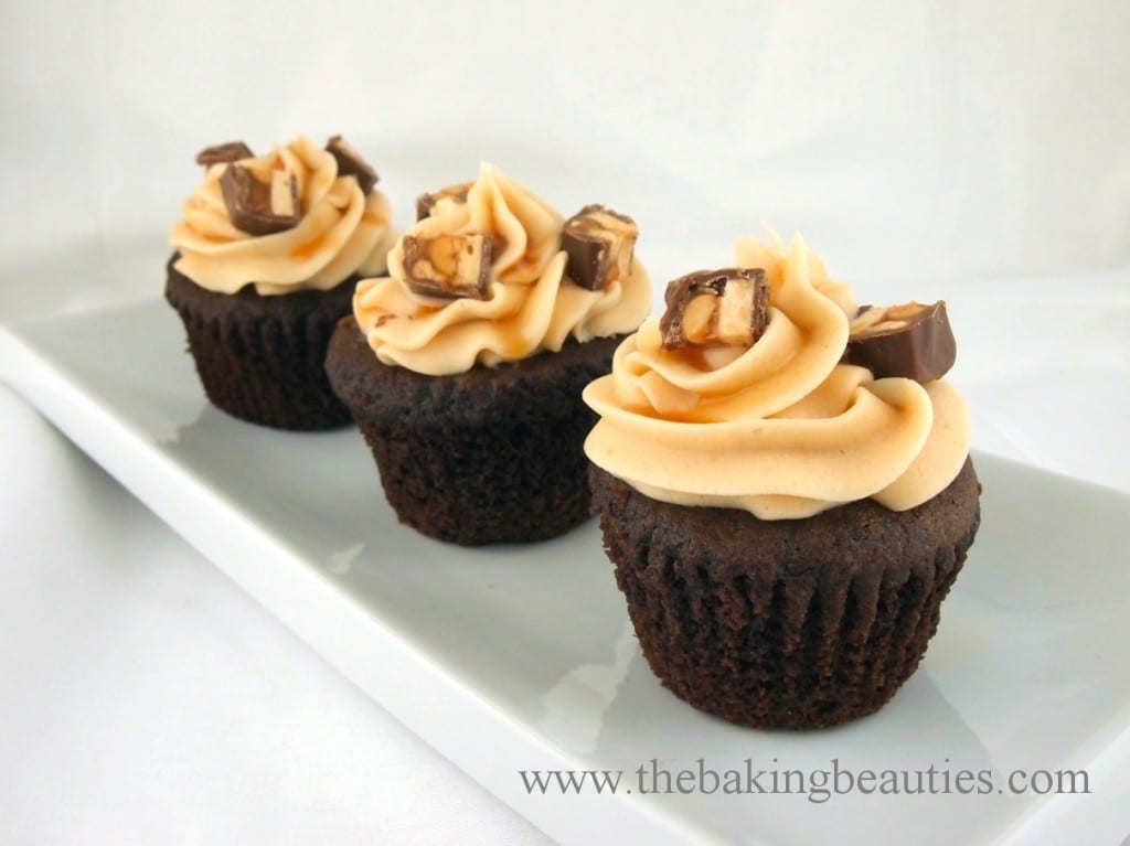Gluten-free Snickers Cupcakes - The Baking Beauties