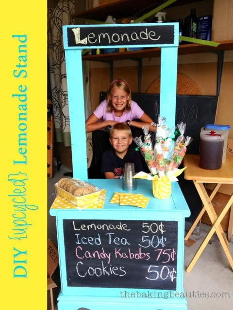 DIY Lemonade Stand | The Baking Beauties
