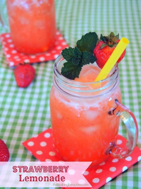 Strawberry Lemonade | The Baking Beauties