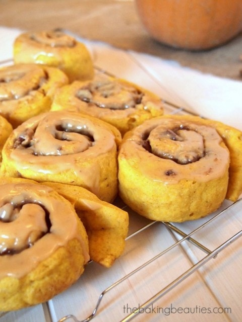 Gluten Free Pumpkin Cinnamon Rolls | The Baking Beauties