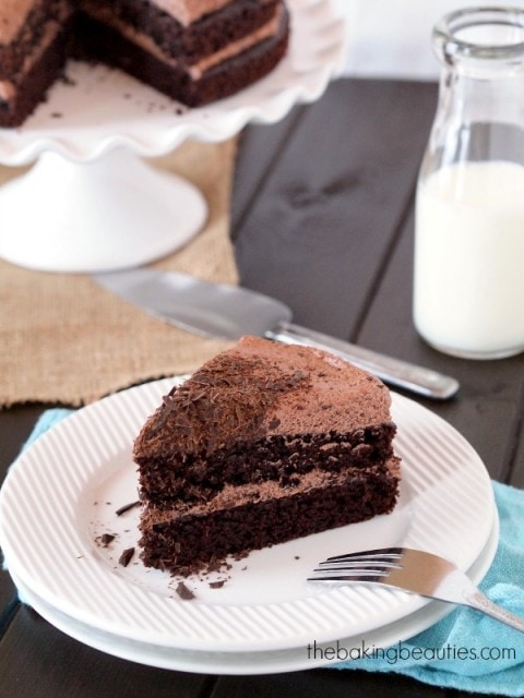 Amazing Chocolate Quinoa Cake from The Baking Beauties