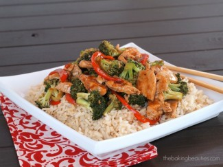 Easy Turkey and Broccoli Stir Fry from The Baking Beauties