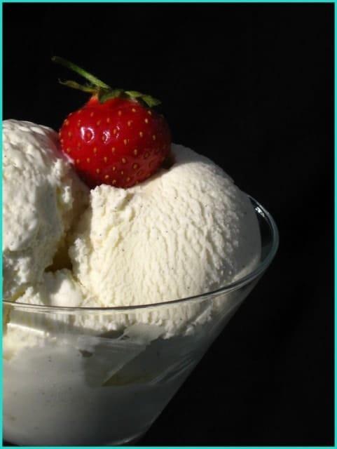 Old Fashioned Vanilla Ice Cream