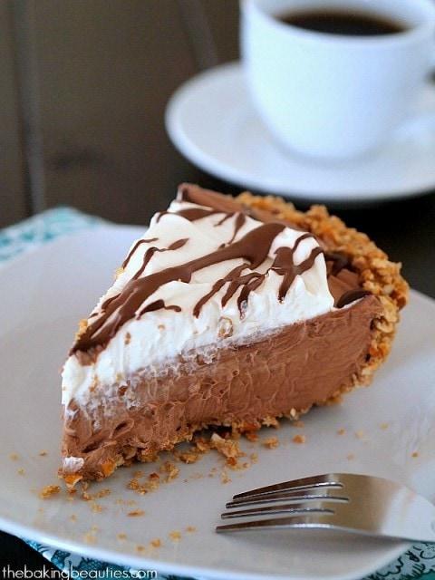 No-Bake Gluten Free Chocolate Cream Pie