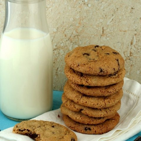Chewy Gluten Free Oatmeal Chocolate Chip Cookies
